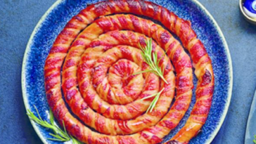 Aldi is selling two-meter-longpig in blankets for Christmas.